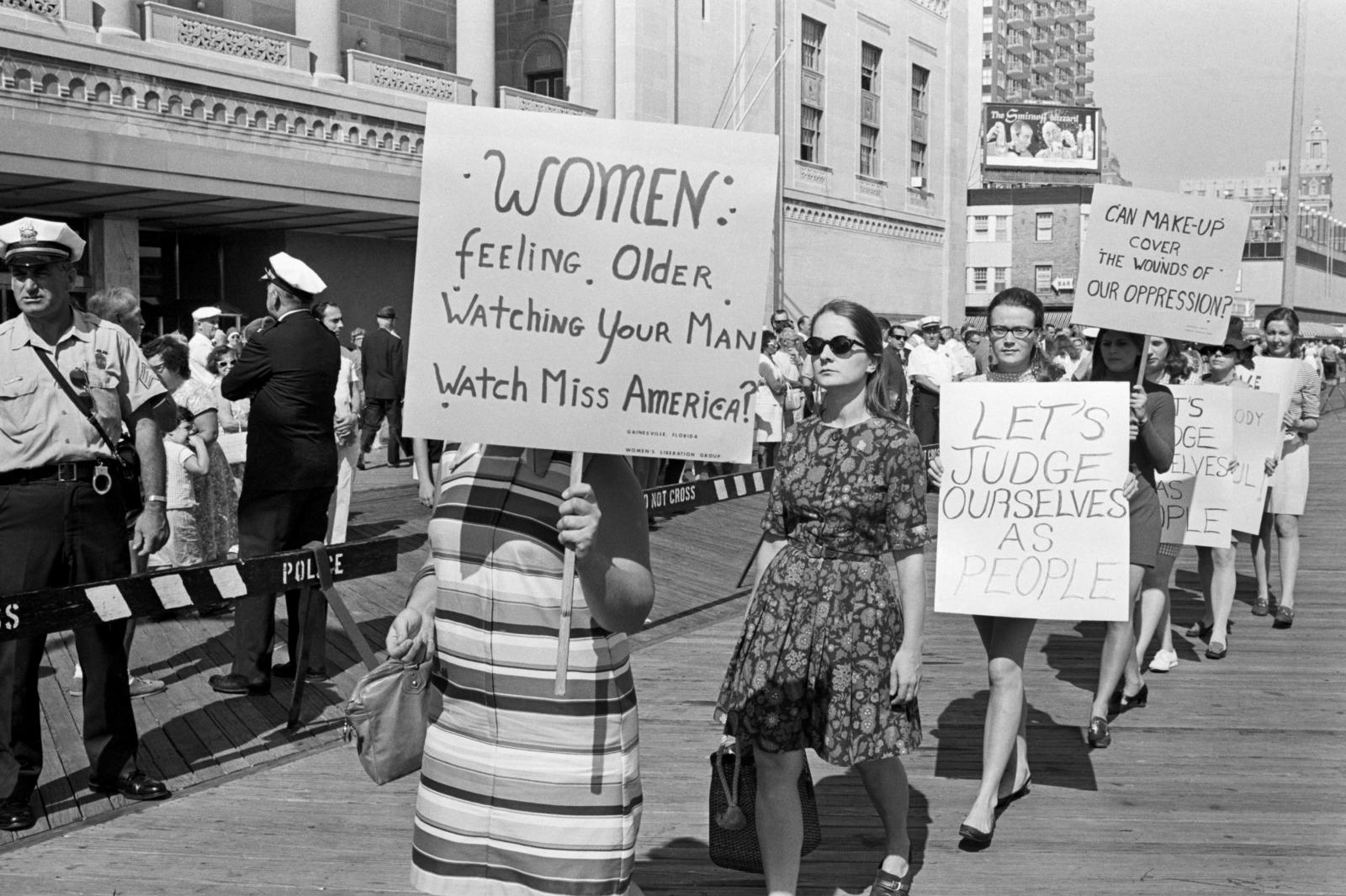 a look at the womens rights in america Minnesota is the best state for women in america that's according to the institute for women's policy research, a nonprofit that on wednesday published the final two reports in a sprawling.